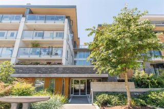 Photo 1: #415 - 221 E 3rd St. in North Vancouver: Lower Lonsdale Condo for sale : MLS®# R2319967