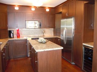 "Photo 8: 15367 Buena Vista Avenue Avenue in White Rock: Condo for sale in ""The ""PALMS"""""