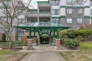 Photo 2: 107 1575 BEST STREET: White Rock Condo for sale (South Surrey White Rock)  : MLS®# R2538076