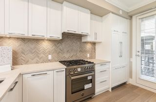 Photo 8: 7511 YUKON Street in Vancouver: Marpole Townhouse for sale (Vancouver West)  : MLS®# R2620555