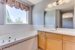 Photo 27: 132 Cresthaven Place SW in Calgary: Crestmont Detached for sale : MLS®# A1121487