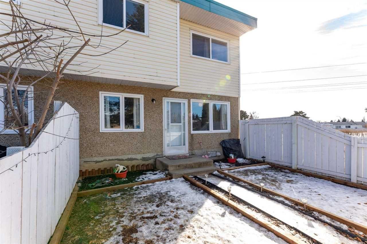 Main Photo: 106 16348 109 Street in Edmonton: Zone 27 Townhouse for sale : MLS®# E4230403