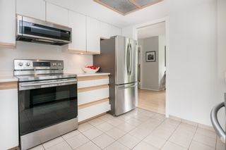 """Photo 16: 105 1135 QUAYSIDE Drive in New Westminster: Quay Condo for sale in """"ANCHOR POINTE"""" : MLS®# R2587882"""