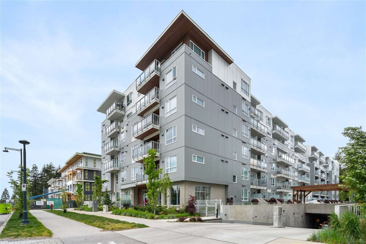 """Main Photo: 614 13963 105 Boulevard in Surrey: Whalley Condo for sale in """"HQ Dwell"""" (North Surrey)  : MLS®# R2584052"""