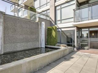 """Photo 20: 304 2789 SHAUGHNESSY Street in Port Coquitlam: Central Pt Coquitlam Condo for sale in """"THE SHAUGHNESSY"""" : MLS®# R2551854"""