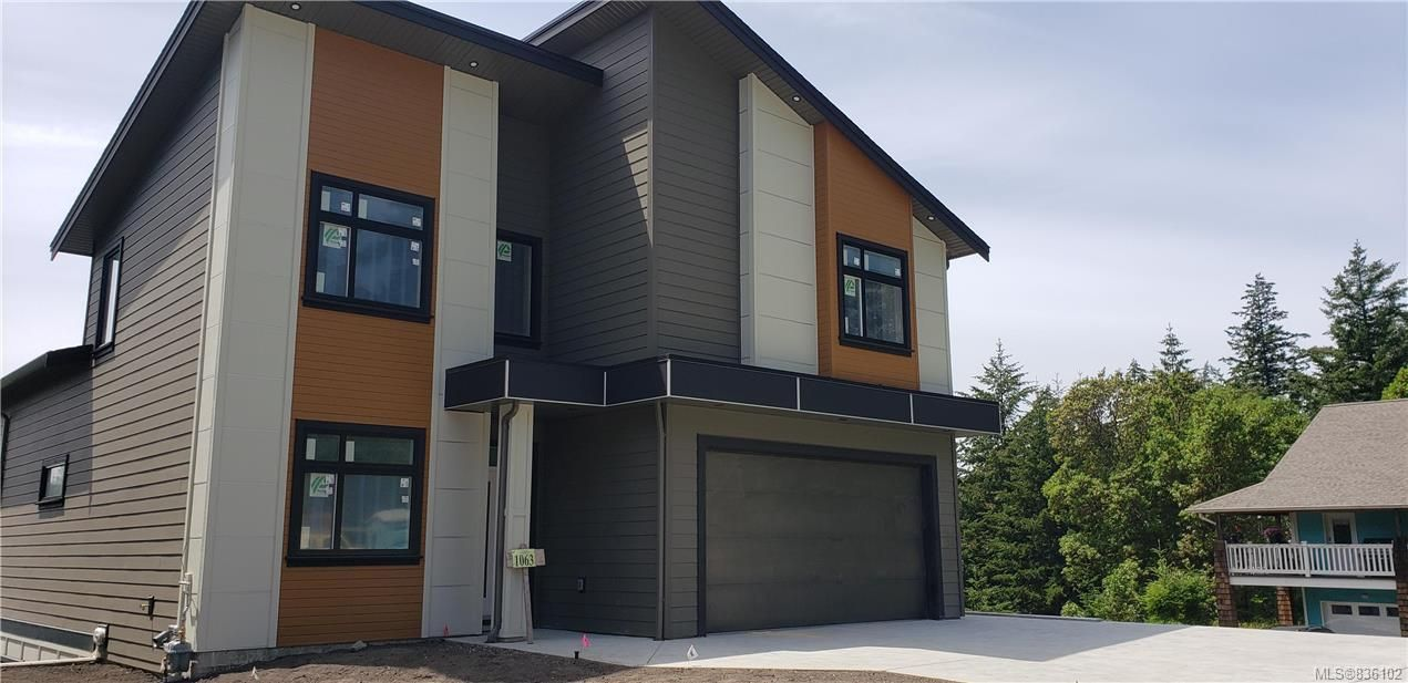 Main Photo: 1063 Golden Spire Cres in Langford: La Olympic View House for sale : MLS®# 836102