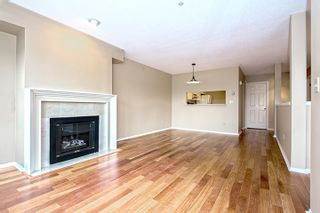 """Photo 4: 15 2656 MORNINGSTAR Crescent in Vancouver: Fraserview VE Townhouse for sale in """"FRASER WOODS"""" (Vancouver East)  : MLS®# R2007119"""