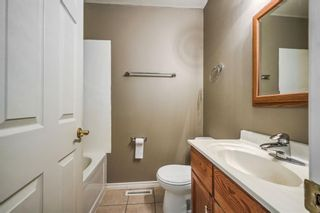 Photo 10: 500 and 502 34 Avenue NE in Calgary: Winston Heights/Mountview Duplex for sale : MLS®# A1135808
