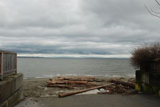 Photo 3: 164 66A Street in Delta: Boundary Beach House for sale (Tsawwassen)  : MLS®# R2478517
