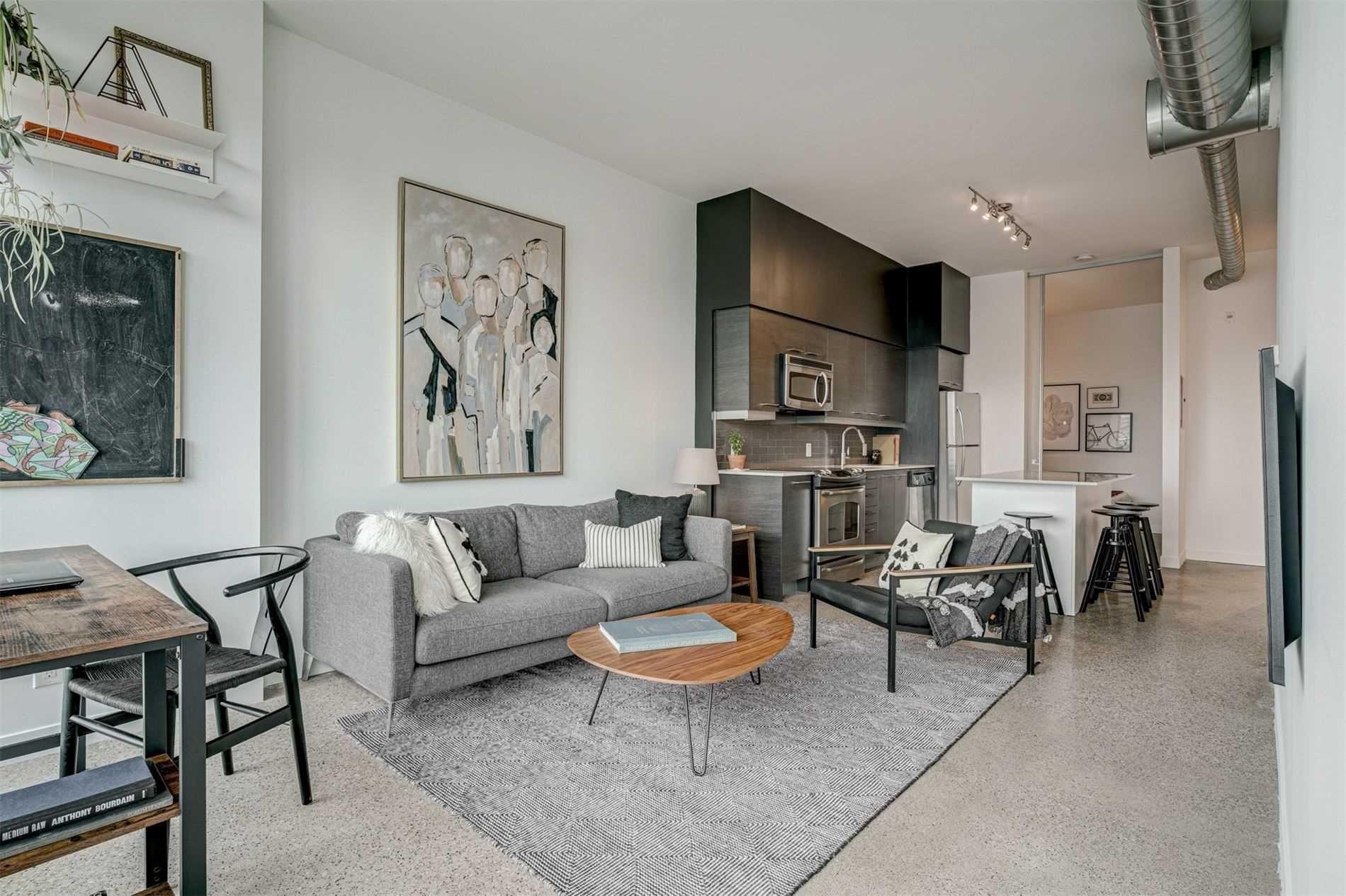 Main Photo: Ph815 510 E King Street in Toronto: Moss Park Condo for sale (Toronto C08)  : MLS®# C5228871