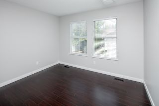 """Photo 10: 39 8716 WALNUT GROVE Drive in Langley: Walnut Grove Townhouse for sale in """"WILLOW ARBOUR"""" : MLS®# R2399861"""
