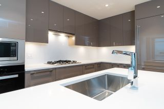 """Photo 11: 301 5189 CAMBIE Street in Vancouver: Cambie Condo for sale in """"CONTESSA"""" (Vancouver West)  : MLS®# R2534980"""