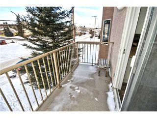 Photo 13: 201 16 POPLAR Avenue: Okotoks Condo for sale : MLS®# C3651941
