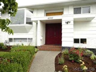 Photo 2: 4397 Columbia Dr in VICTORIA: SE Gordon Head House for sale (Saanich East)  : MLS®# 513130