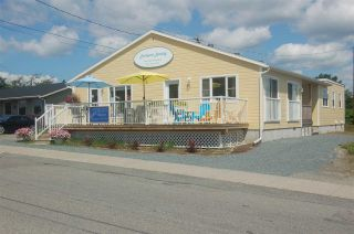 Photo 2: 18 Beech Street in Lockeport: 407-Shelburne County Commercial  (South Shore)  : MLS®# 202100401