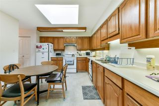 """Photo 8: 407 777 EIGHTH Street in New Westminster: Uptown NW Condo for sale in """"Moody Gardens"""" : MLS®# R2479408"""