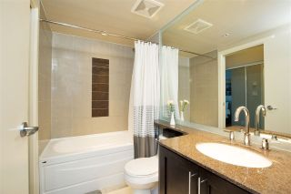 """Photo 10: 102 550 PACIFIC Street in Vancouver: Yaletown Condo for sale in """"AQUA AT THE PARK"""" (Vancouver West)  : MLS®# R2221945"""