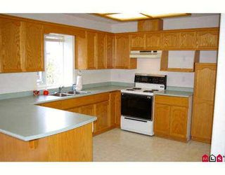 """Photo 3: 45160 SOUTH SUMAS Road in Sardis: Sardis West Vedder Rd Townhouse for sale in """"COTTAGE LANE"""" : MLS®# H2700769"""