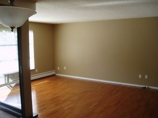 """Photo 6: 212 1437 FOSTER Street: White Rock Condo for sale in """"WEDGEWOOD"""" (South Surrey White Rock)  : MLS®# F1401129"""