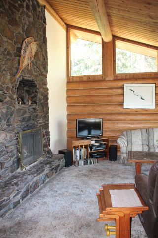 Photo 7: 6619 HORSE LAKE ROAD: Horse Lake Residential Detached for sale (100 Mile House (Zone 10))  : MLS®# R2395609