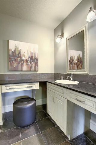 Photo 34: 1401 COUNCIL Way SW in Calgary: Elbow Park Detached for sale : MLS®# A1095747