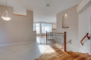Photo 5: 8 SPRINGBANK Court SW in Calgary: Springbank Hill Detached for sale : MLS®# C4270134