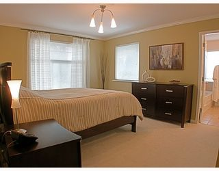 Photo 5: 8 MOSSOM CREEK Drive in Port_Moody: North Shore Pt Moody 1/2 Duplex for sale (Port Moody)  : MLS®# V762195