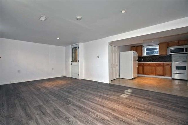 Photo 2: Photos: Lower 50 S Wilson Road in Oshawa: Central House (Bungalow) for lease : MLS®# E4018208