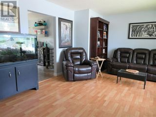 Photo 10: 127 Bliss Avenue in Hinton: House for sale : MLS®# A1120477