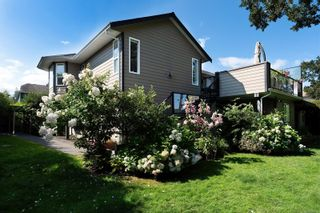 Photo 42: 4005 Santa Rosa Pl in Saanich: SW Strawberry Vale House for sale (Saanich West)  : MLS®# 884709