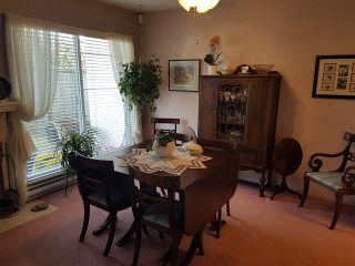 """Photo 4: 2 10062 154TH Street in Surrey: Guildford Townhouse for sale in """"Woodland Grove"""" (North Surrey)  : MLS®# R2245300"""