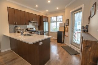 """Photo 6: 34 1111 EWEN Avenue in New Westminster: Queensborough Townhouse for sale in """"ENGLISH MEWS"""" : MLS®# R2359101"""