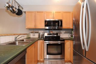 Photo 3: 204 1707 CHARLES Street in Vancouver: Grandview VE Condo for sale (Vancouver East)  : MLS®# R2209224