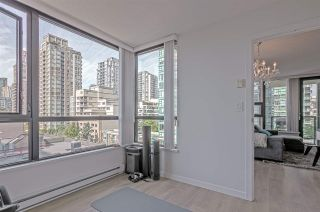"Photo 9: 701 928 HOMER Street in Vancouver: Yaletown Condo for sale in ""YALETOWN PARK 1"" (Vancouver West)  : MLS®# R2395020"