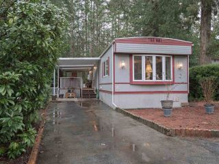 "Photo 2: 8 2306 198 Street in Langley: Brookswood Langley Manufactured Home for sale in ""Cedar Lane Park"" : MLS®# R2237206"