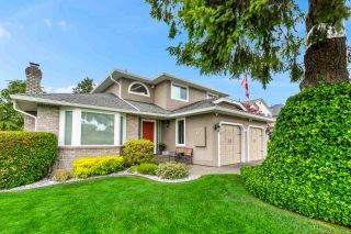 Photo 1: 5745 184A Street in Surrey: Cloverdale BC House for sale (Cloverdale)  : MLS®# R2463961