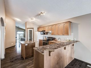 Photo 11: 57 Brightondale Parade SE in Calgary: New Brighton Detached for sale : MLS®# A1057085