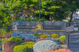 Photo 1: 5306 2829 Arbutus Rd in : SE Ten Mile Point Condo for sale (Saanich East)  : MLS®# 885299