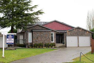Photo 31: 19193 59A Avenue in Surrey: Cloverdale BC House for sale (Cloverdale)  : MLS®# F1228854