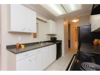 "Photo 10: 408 9672 134 Street in Surrey: Whalley Condo for sale in ""DOGWOOD/PARKWOOD"" (North Surrey)  : MLS®# F1439717"