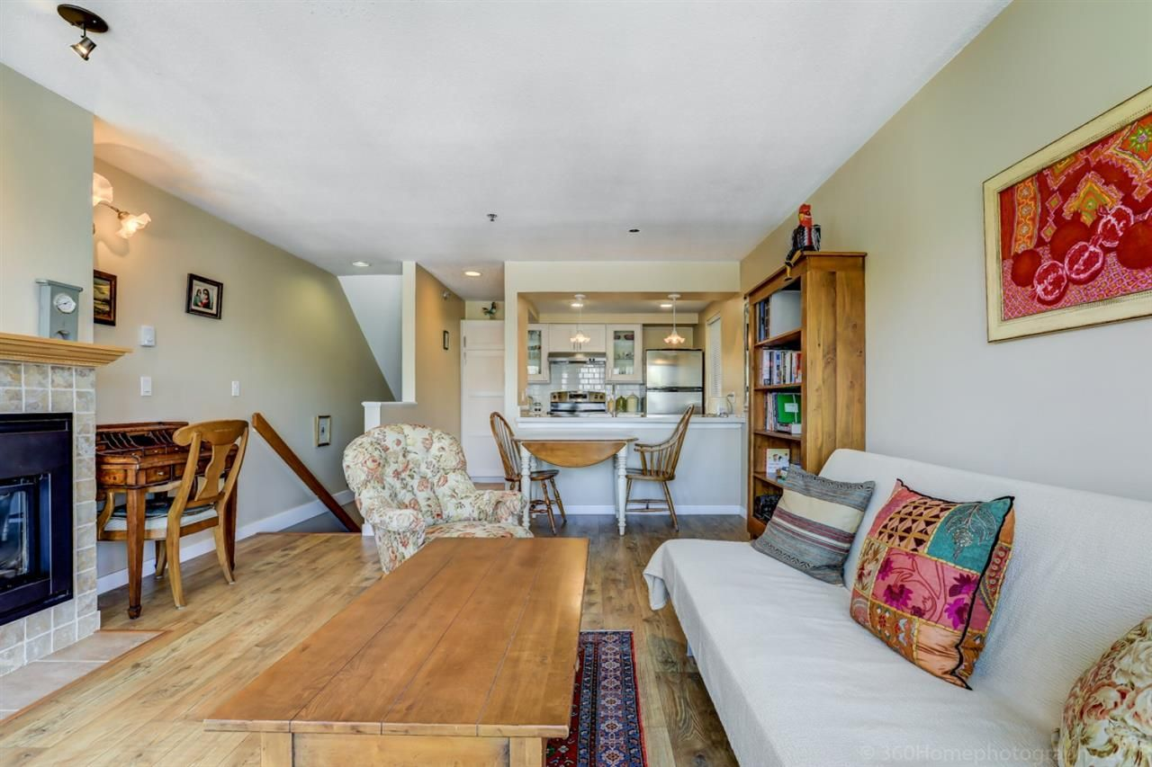 """Photo 4: Photos: 4 973 W 7TH Avenue in Vancouver: Fairview VW Condo for sale in """"SEAWINDS"""" (Vancouver West)  : MLS®# R2273280"""