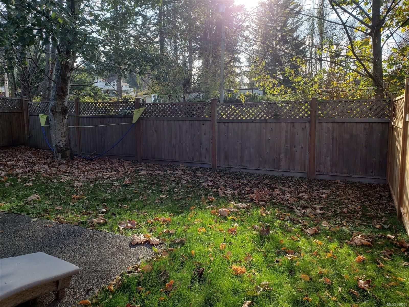 Photo 29: Photos: 105 2787 1st St in Courtenay: CV Courtenay City House for sale (Comox Valley)  : MLS®# 860068
