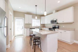 Photo 11: 3418 Ambrosia Cres in Langford: La Happy Valley House for sale : MLS®# 824201