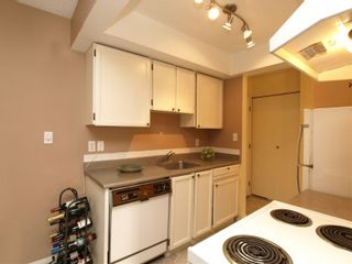Photo 6: # 304 1515 Chesterfield Avenue in N. Vancouver: Central Lonsdale Condo for sale ()  : MLS®# V803278