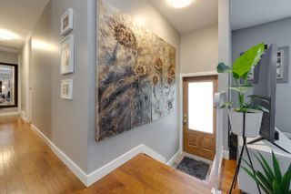 Photo 4: 11427 38 Avenue in Edmonton: Zone 16 House for sale : MLS®# E4249009