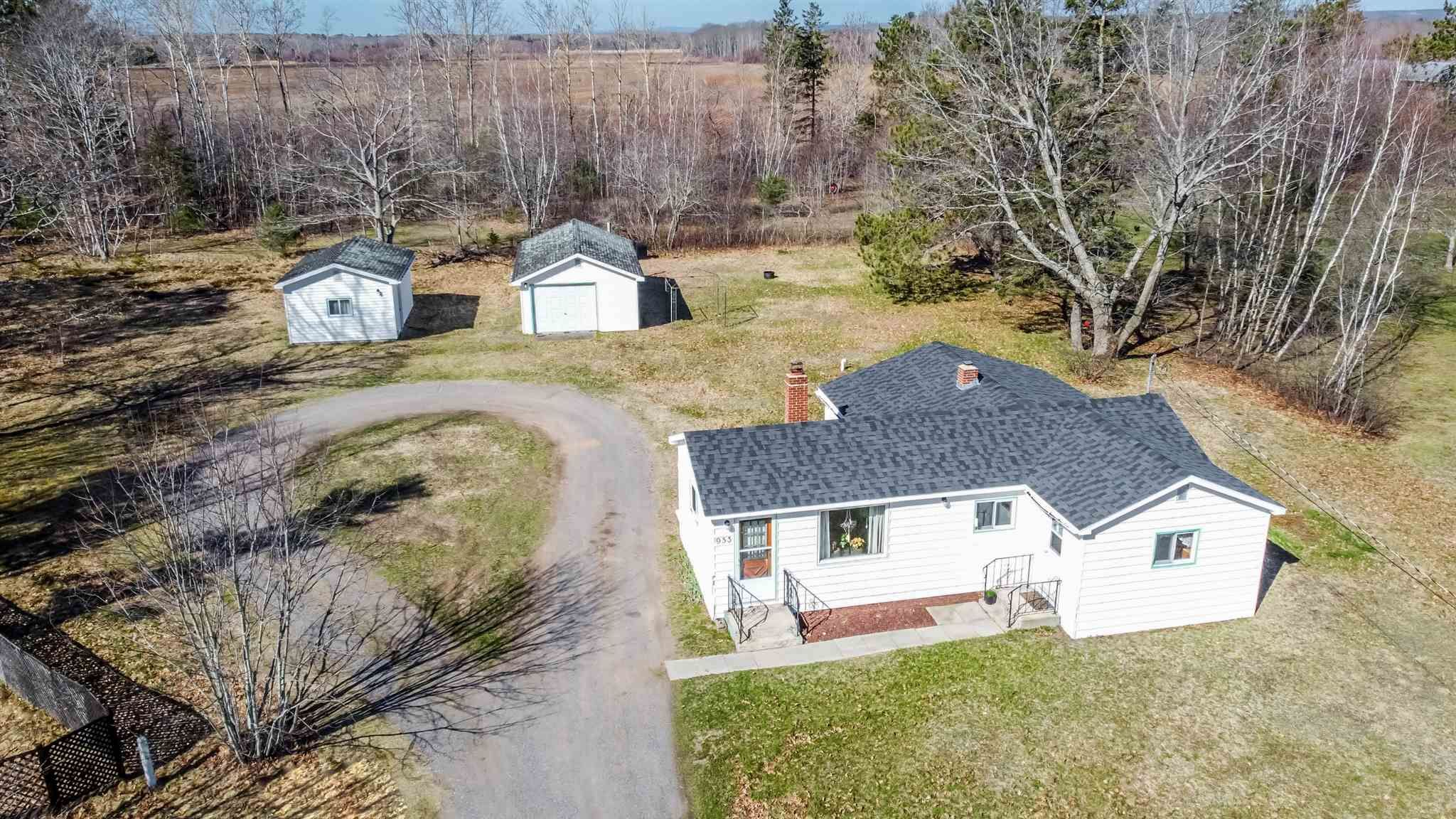 Main Photo: 953 Maple Avenue in Aylesford: 404-Kings County Residential for sale (Annapolis Valley)  : MLS®# 202109463
