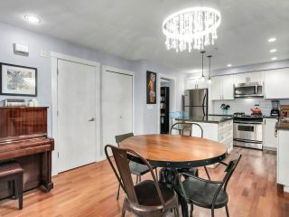 """Photo 8: 2774 ALMA Street in Vancouver: Kitsilano Townhouse for sale in """"Twenty On The Park"""" (Vancouver West)  : MLS®# R2501470"""