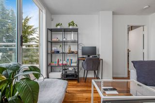 """Photo 7: 422 2255 W 4TH Avenue in Vancouver: Kitsilano Condo for sale in """"THE CAPERS BUILDING"""" (Vancouver West)  : MLS®# R2565232"""