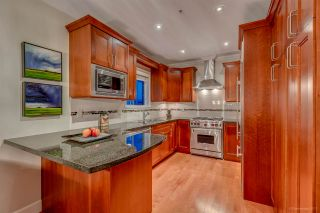 """Photo 9: 3 1135 BARCLAY Street in Vancouver: West End VW Townhouse for sale in """"Barclay Estates"""" (Vancouver West)  : MLS®# R2204375"""
