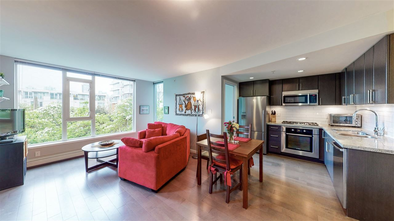 "Main Photo: 205 1887 CROWE Street in Vancouver: False Creek Condo for sale in ""Pinnacle Living False Creek"" (Vancouver West)  : MLS®# R2575761"